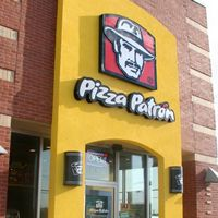 Pizza Patron Gives Away Free Pizza to Those That Order in Spanish