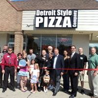 Pizza Lovers Flock to New Detroit Style Pizza Co.