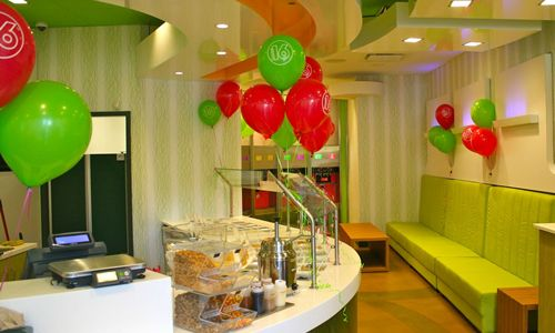 16 Handles Frozen Yogurt Expands Footprint Across Manhattan with Four Additional Stores