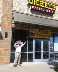Grand Prairie, TX Welcomes New Dickey's Barbecue Pit