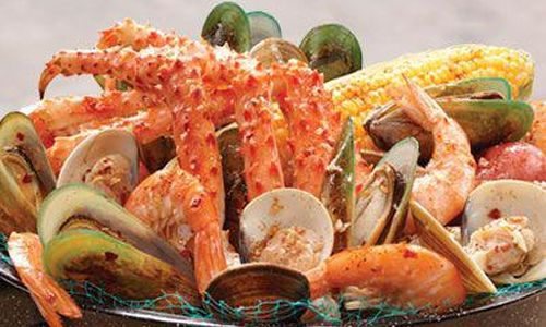 Joe's Crab Shack Reveals Fan Favorites in Honor of National Seafood Month