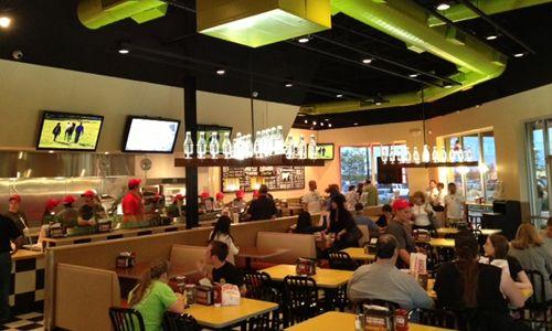 MOOYAH Bringing More Burgers, Fries and Shakes to Denton, Texas
