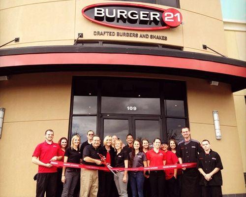 """Beyond the Better Burger"" Concept Burger 21 Expands North; Signs Two Franchise Deals for Five Restaurants"
