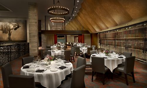 Del Frisco's Opens One of the Largest Steakhouses in Chicago in Former Esquire Theater