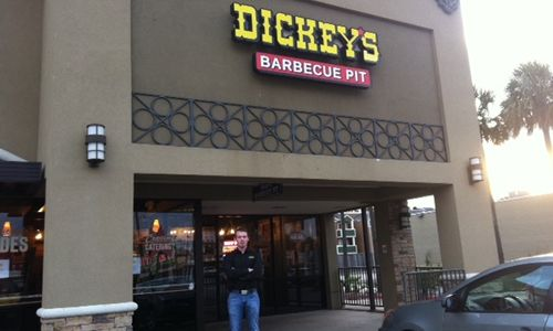 Dickey's Barbecue Wins Over the Hearts of Houston