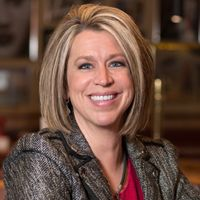 Red Robin Promotes Dana Benfield to Vice President of Engagement Marketing