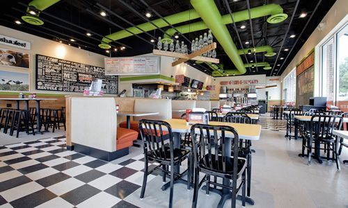 MOOYAH Continues Moomentus Growth with New Restaurant in Rockwall, TX