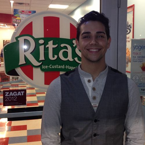 American Idol Hopeful Lazaro Arbos Serves Up Cool Treats for Rita's Italian Ice