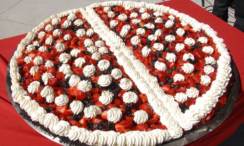 Legendary Baking to Create Four-Foot Wide Pie at the 12th Annual American Pie Council Great American Pie Festival
