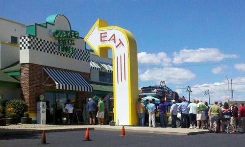 Quaker Steak & Lube Opens New Restaurant in South Dakota on April 17
