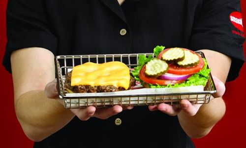 Smashburger Ramps Up Non-Traditional Restaurant Growth