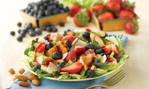Fan Favorite Berry Almond Chicken Salad Returns to Wendy's