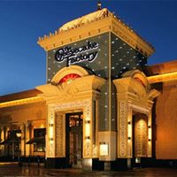 Cheesecake Factory succeeds with indulgence for the common man
