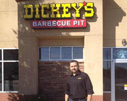Dickey's in Bakersfield Throws Smokin' Hot Three Day Event