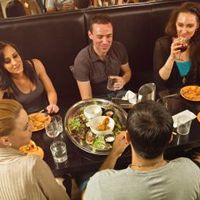 Restaurant Chains Try to Woo a Younger Generation