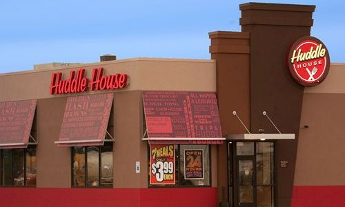 "Revitalized Huddle House Reveals ""Texas-Sized"" Growth Plans"