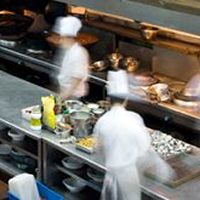 More Restaurants Replace Full-Timers, Concerned About Insurance