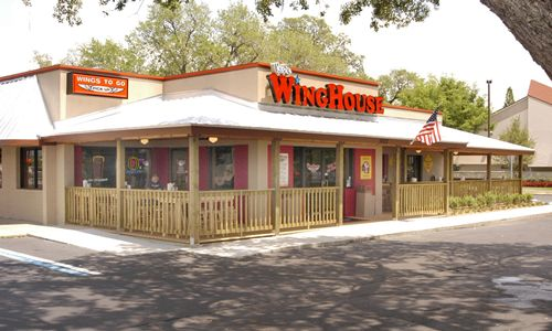 Ker's WingHouse Bar & Grill Reports Positive Comparable Sales, Increased Average Unit Volume