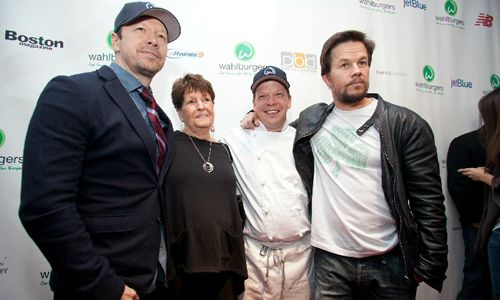 Wahlberg Brothers Announce Next Step in North American Expansion of Wahlburgers With Canadian Debut