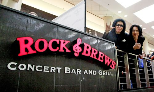 Crews of California Opens Rock & Brews' First Airport Location