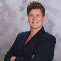 Smokey Bones Names Robin Muller SVP of Operations & Tom Porfiris Senior Director of Operations