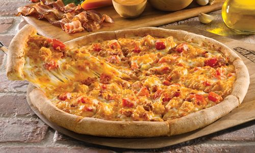 Papa John's Kicks off the Holiday Season with Its New Chipotle Chicken & Bacon Pizza