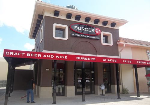 Burger 21 Announces Grand Opening of First Fort Myers, Florida Restaurant