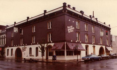 The Old Spaghetti Factory Rings in the New Year With Its 45th Anniversary