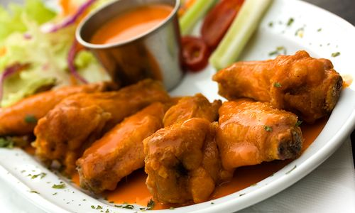 Americans to Eat 1.25 Billion Chicken Wings for Super Bowl