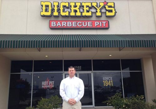 Dickey's Barbecue Kicks Up the Party for New Monroe Restaurant