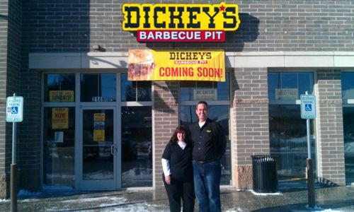 Dickey's Barbecue Pit Throws Big Celebration for New West Milwaukee Restaurant