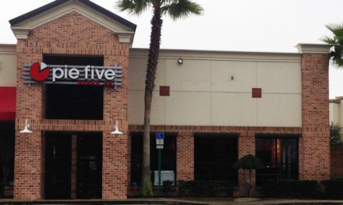 Florida's Pie Five Pizza Revolution Begins in Port Orange
