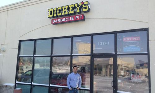 Dickey's Barbecue Pit Celebrates New Restaurant in Omaha