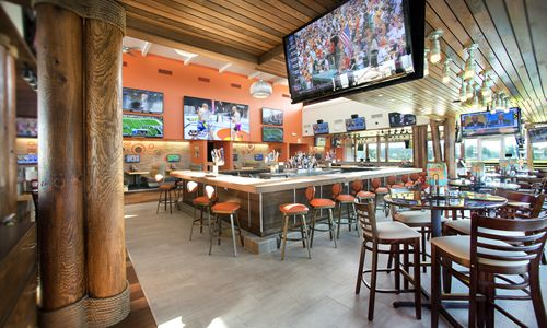 Hooters Readies for Five New Restaurants in South Florida