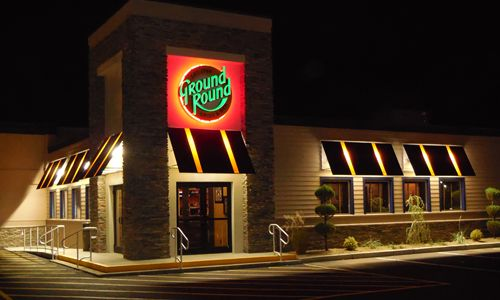 Ground Round Honors Founding Members on Their 10th Anniversary of Being a Franchise Owned Brand