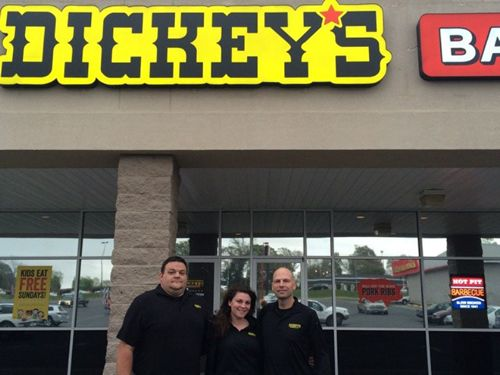 New Dickey's Barbecue Pit in Gulfport Hosts 3-Day Opening Celebration