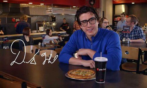 Pie Five Pizza Kicks off DFW Ad Blitz with Modano, Holland