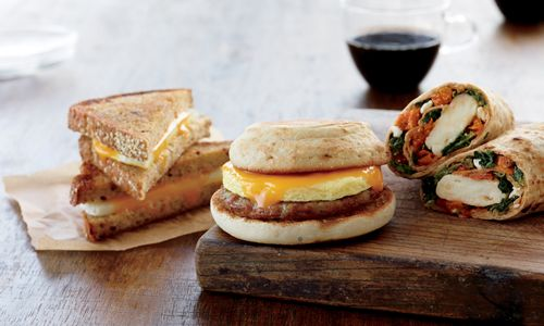 Starbucks Introduces New Vanilla Macchiato, Expands Breakfast Sandwich Offerings