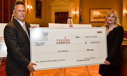 Feeding America receives $1,000,000 grant from The Dunkin' Donuts & Baskin-Robbins Community Foundation