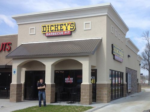 New Dickey's Barbecue Pit in Fayetteville Hosts 3-Day Opening Celebration