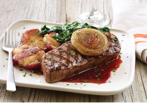 The Season's Best Flavors, Starring New Grilled Vidalia Onion Sirloin, Take Applebee's Guests Away to Their Summer Happy Places