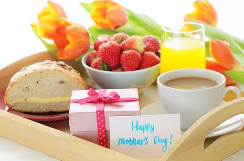 Celebrating Mother's Day with HealthyDiningFinder.com