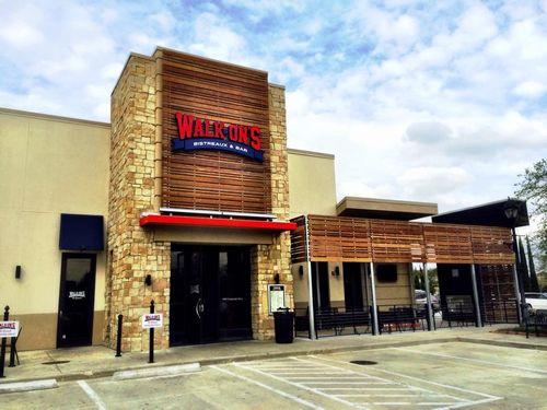 "Walk-On's Takes ""Halfcourt"" Shot on Downtown Baton Rouge"