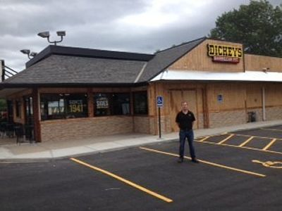 Dickey's Barbecue Pit Opens with Three Day Grand Opening Party in Liberty