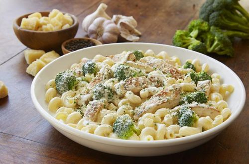 Olive Garden Offers 3-Course Alfredo Italian Dinner Starting At $11.99
