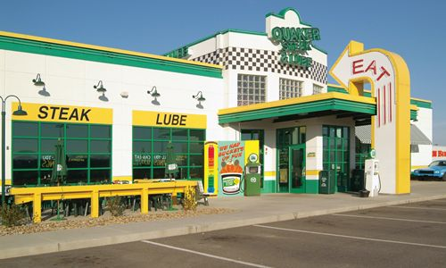 Quaker Steak & Lube Signs Four Restaurant Franchise Agreement in Orlando, Florida With Wingnutz, LLC