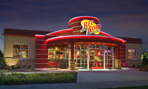 Red Robin Gourmet Burgers Celebrates its 500th New Restaurant Opening