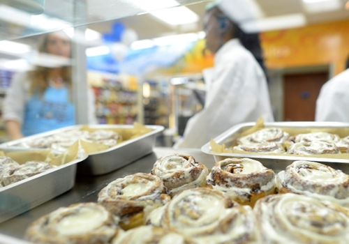 Cinnabon Opens Milestone 100th Bakery through Pilot Flying J Partnership