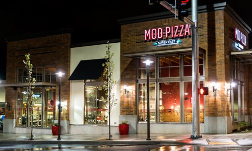 MOD Pizza Opens First Franchise Location in Denver