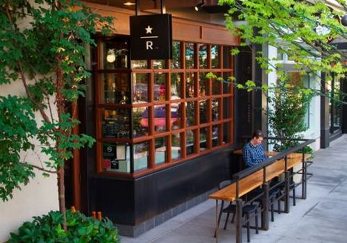 Starbucks Accelerates Growth of Multiple Diversified Store Formats and Debuts Iconic Premium Coffee Retail and Roastery Experience